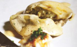 Ravioli of cultured breast chicken.